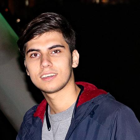 وحید کاظمی